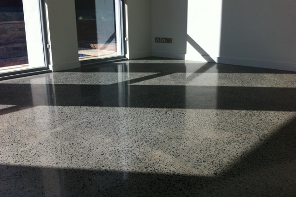 <h3>POLISHED CONCRETE &amp; STONE</h3>